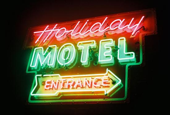 holiday-motel-neon-at.jpg